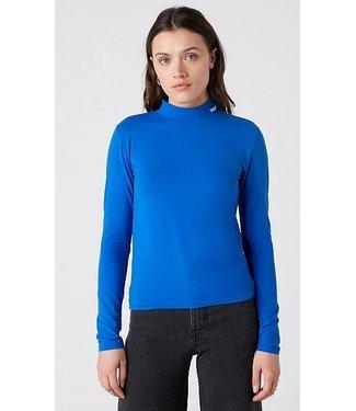 Wrangler High neck baby tee blauw W7R1D8X05