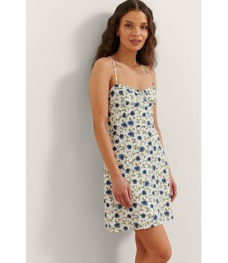 NA-KD Flower print mini dress lichtblauw 1711-000000