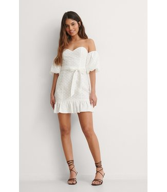 NA-KD Off shoulder balloon sleeve dress wit 1100-003778
