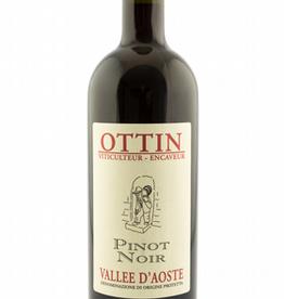 Elio Ottin,  Valle d'Aosta Pinot Noir, 2018