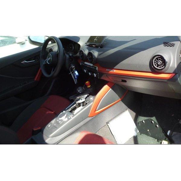 Audi Q2 Stof Zwart Rood Complete Interieur
