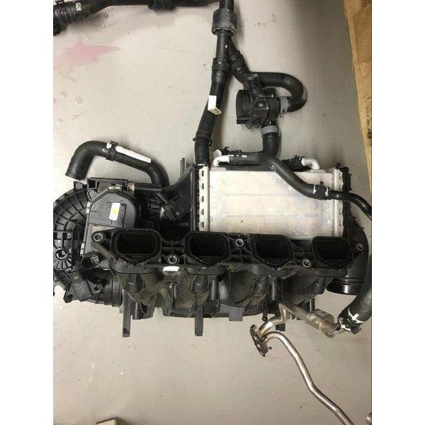 VW Tiguan 5N Inlaatspruitstuk Intercooler Gasklephuis Set