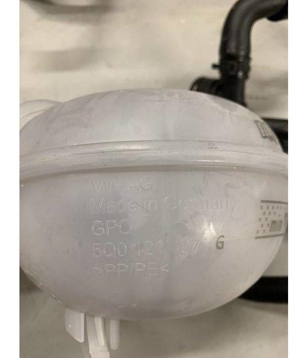 VW AG Koelvloeistof reservoir met slangen 2.0TSI 5Q0121407G