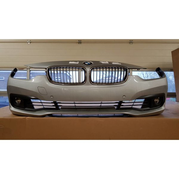 BMW 3-Serie LCI F30 F31 Voorbumper PDC Glaciersilber A83
