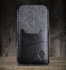 """Smartwerk Tiefschwarz"" for iPhone XR case felt leather sleeve"