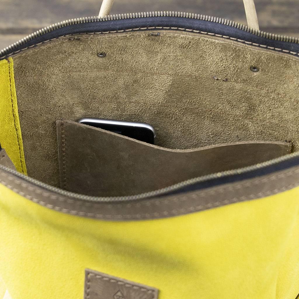 Backpack leather for women in corn-yellow: HUKKEPAKK