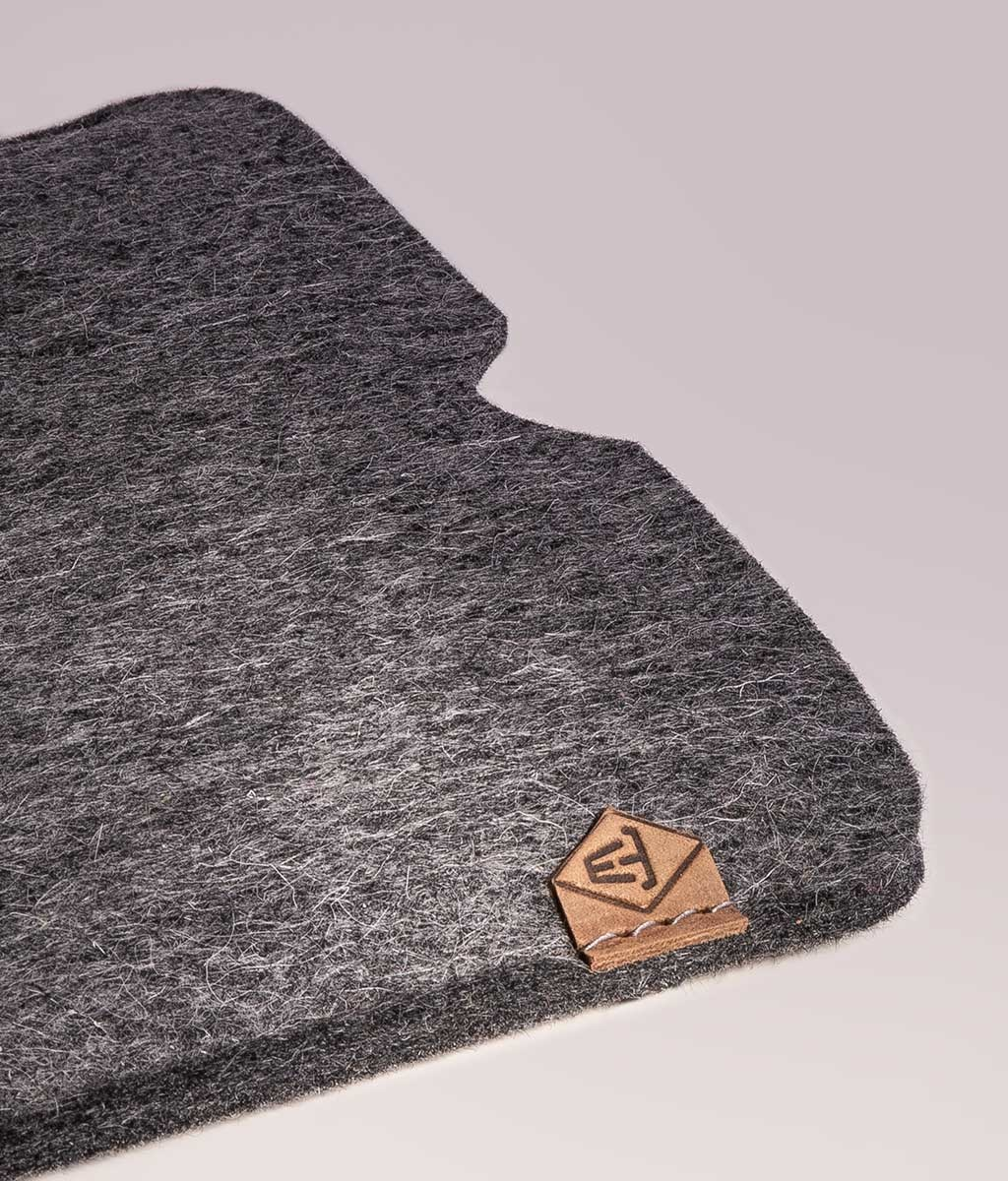 Surface Pro 6, 7, X, Laptop 3, Book 2, Go sleeve felt case SOFTWERK suitably crafted for Microsoft Surface