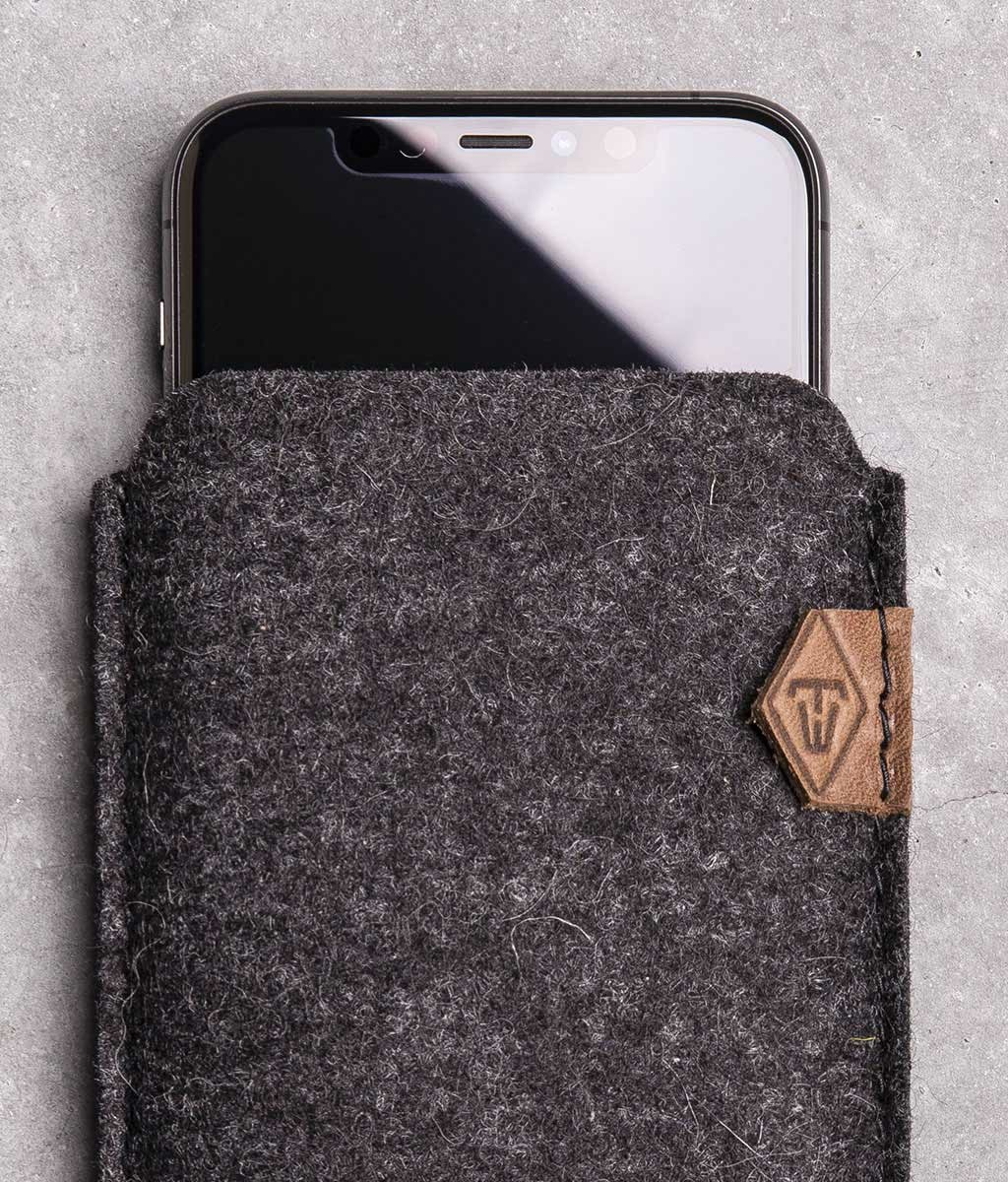 iPhone 11, Pro, Max, SE, XR felt sleeve phone case SOFTWERK 2.0