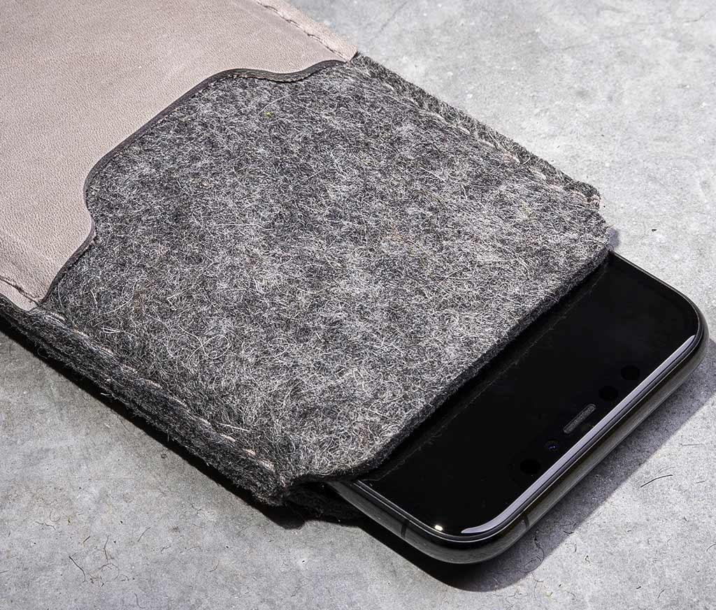 iPhone 11, Pro, Max felt leather sleeve, case SMARTWERK