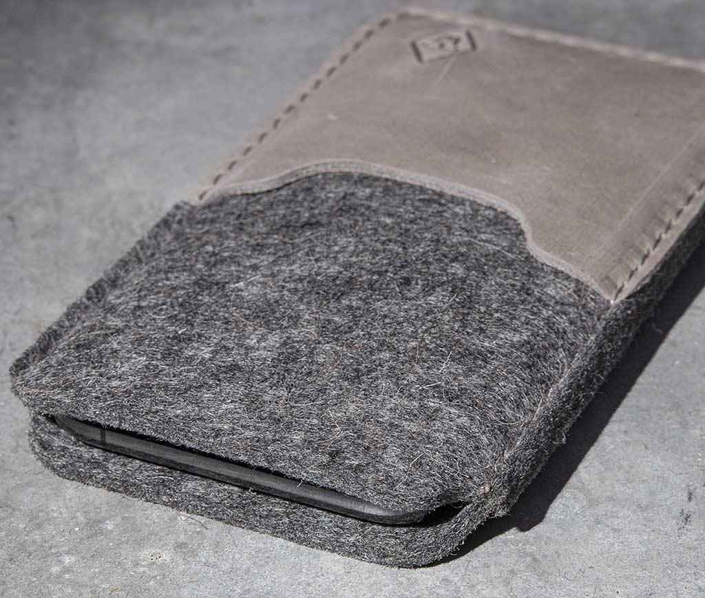 iPhone 13 12 11 Pro Max mini SE felt leather sleeve, case SMARTWERK