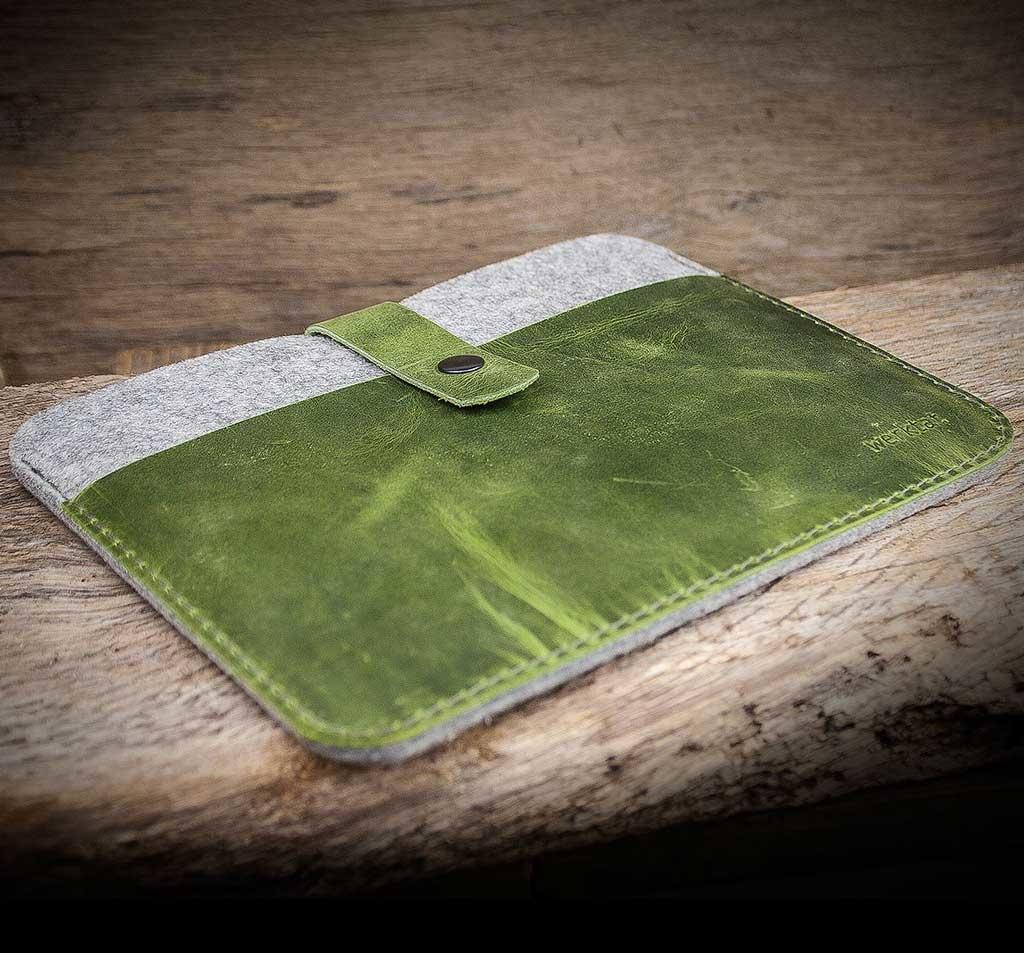 MacBook Pro 13 / Air 13 Leder Filz Tasche Filztasche Ledertasche FACHWERK grün, passend gefertigt für Ihr MacBook