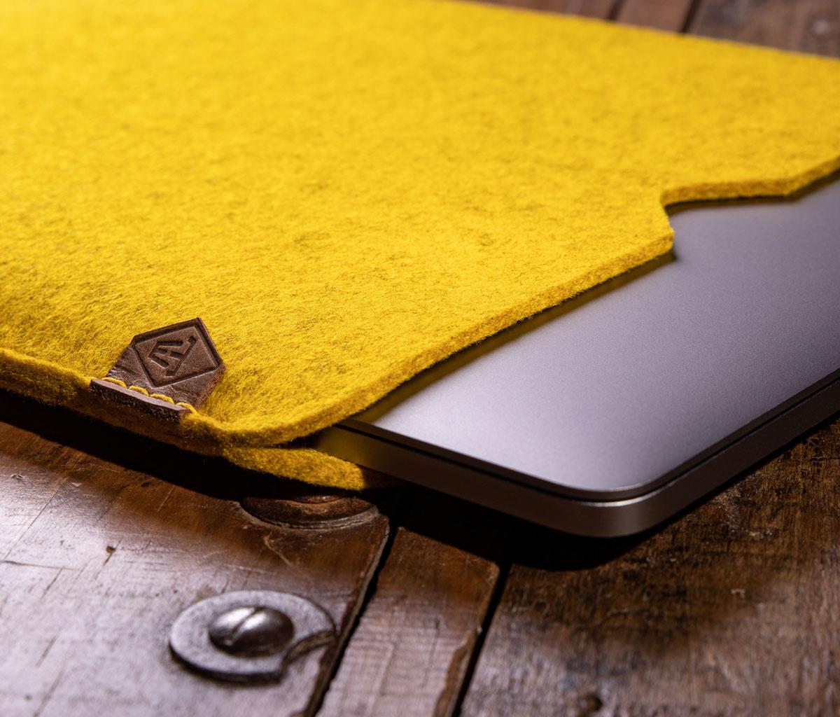 MacBook Pro / Air 13 16 Filzhülle, Hülle Filz SOFTWERK passend gefertigt für MacBook