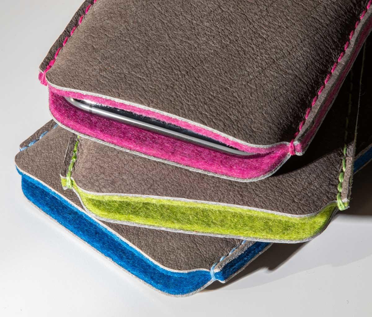 iPhone 13 12 11 Pro Max mini SE Leder Hülle mit farbenfrohem Innenfutter aus Filz SCHUTZPATRON