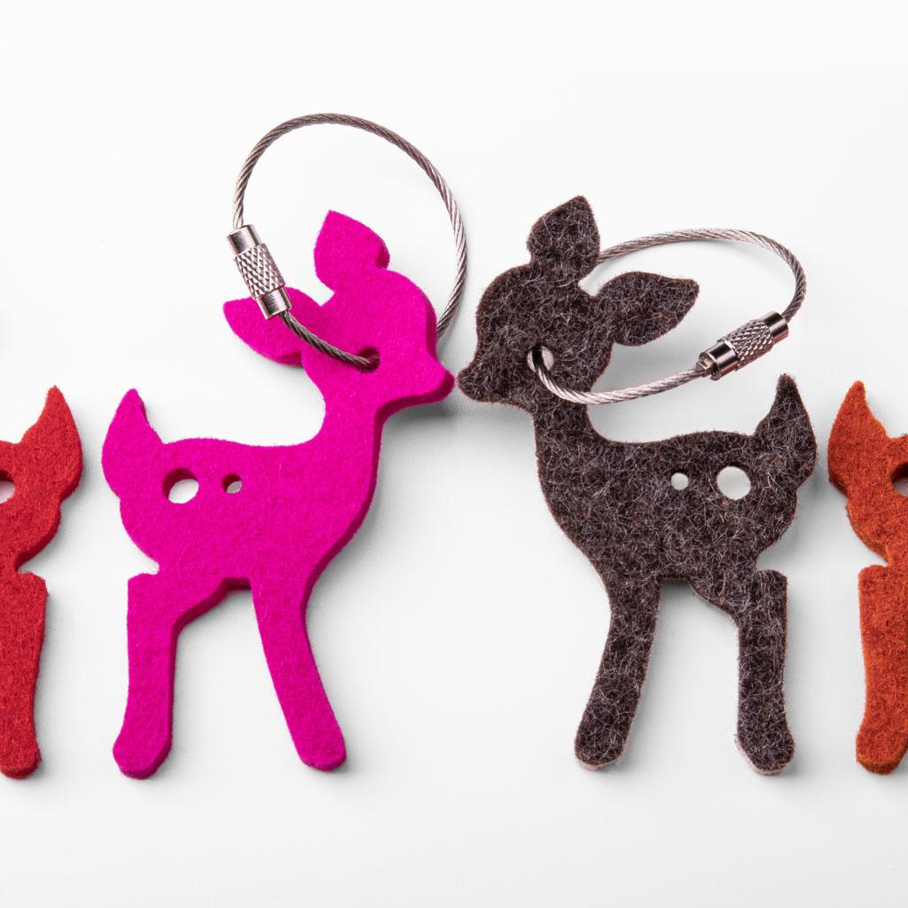 Filz Schlüsselanhänger Bambi, Reh in braun, orange, pink (magenta) oder grau