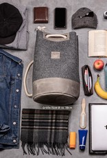 """drawstring backpack for gym, sports and leisure MEERWERK made of felt dark gray and leather """"stone"""" for women and men"""