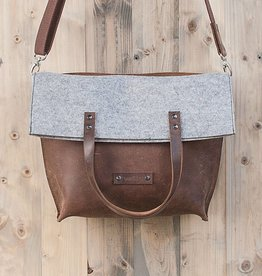 CHARAKTERSTÜCK  brown leather & felt shoulder bag, useable as crossbody, tote or foldover bag