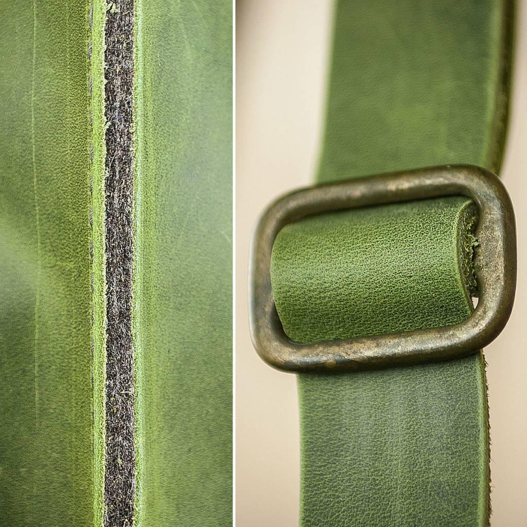 Umhängetasche aus grünem Leder und Filz, Charakterstück WT0814, Filz Messenger Bag