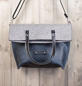 Charakterstück – blue leather & felt, crossbody bag messenger bag