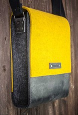 Messenger bag, felt, leather black, shoulder bag, tucker bag, Werksbote Hans