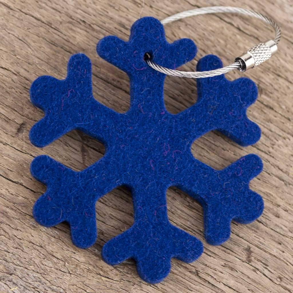 felt keychain snowflake, ice crystal