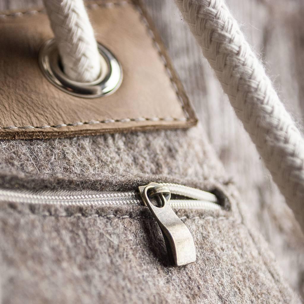 "duffel bag, backpack, gym bag felt nature mixed / leather ""hazel"" – MEERWERK as a daypack or sports bag women and men"