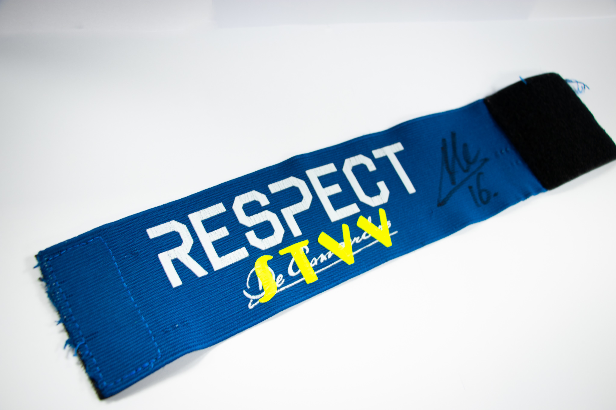 Captain band worn by Steve De Ridder 2020-2021