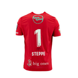 Matchworn and signed red shirt Steppe
