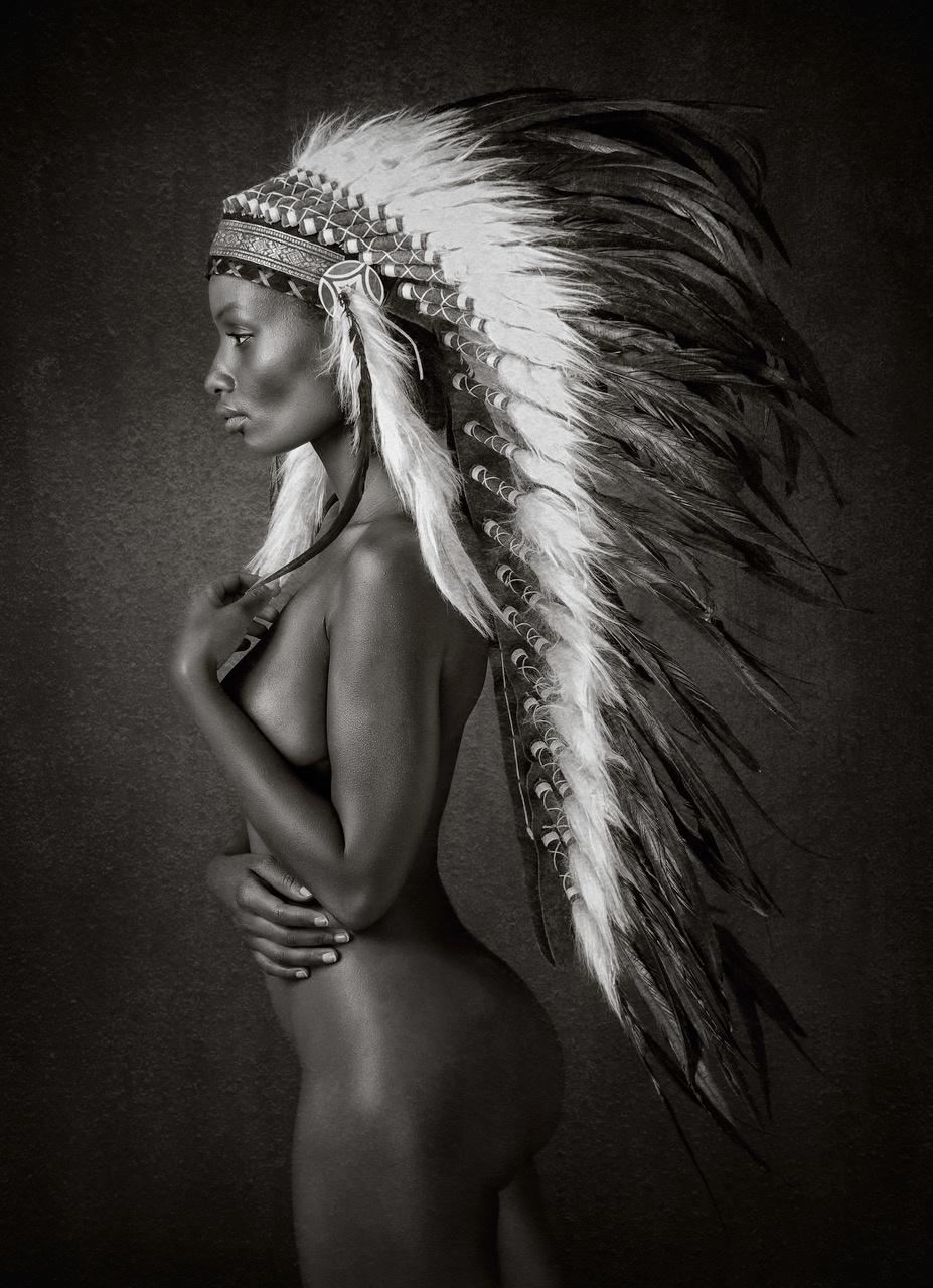 Umo Art Gallery Indian Queen
