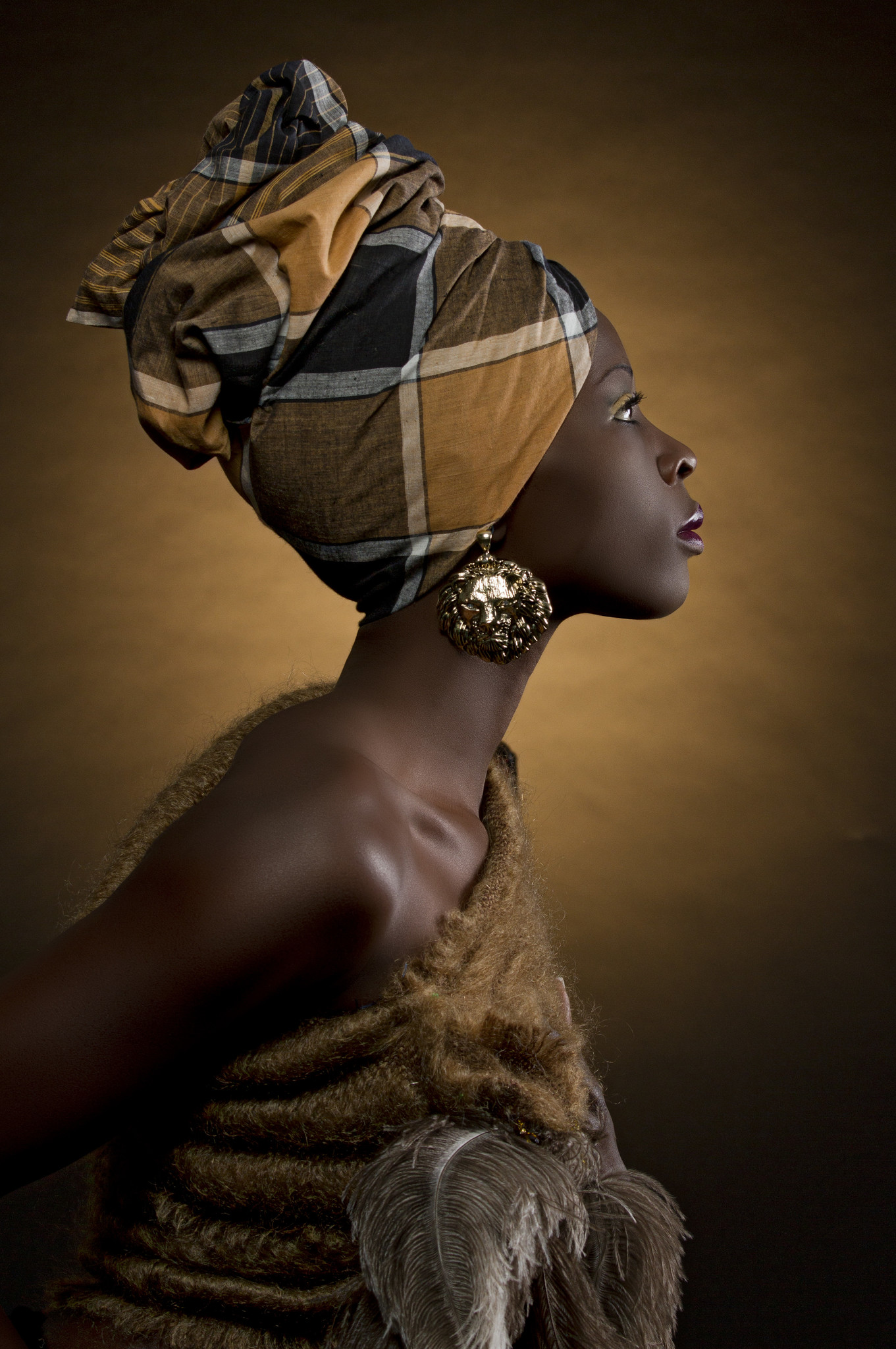 Umo Art Gallery African Queen 2