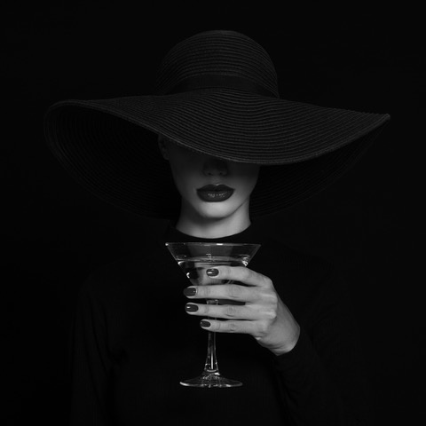 Umo Art Gallery A Martini glass