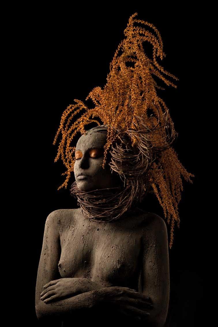 Umo Art Gallery Roots