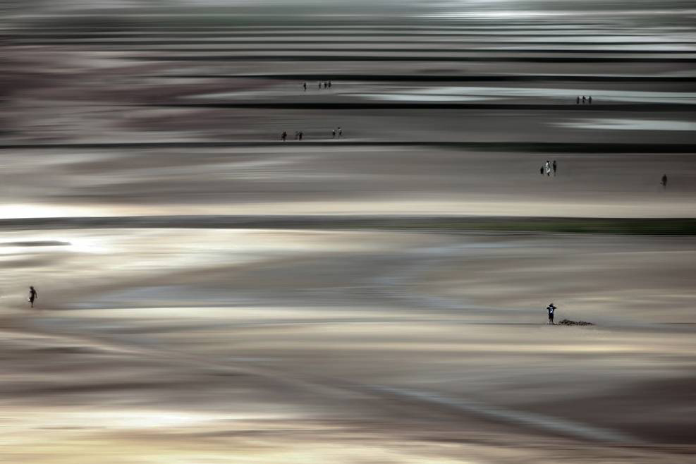 Umo Art Gallery Low tide