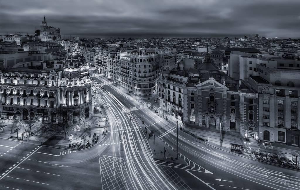 Umo Art Gallery Madrid City Lights