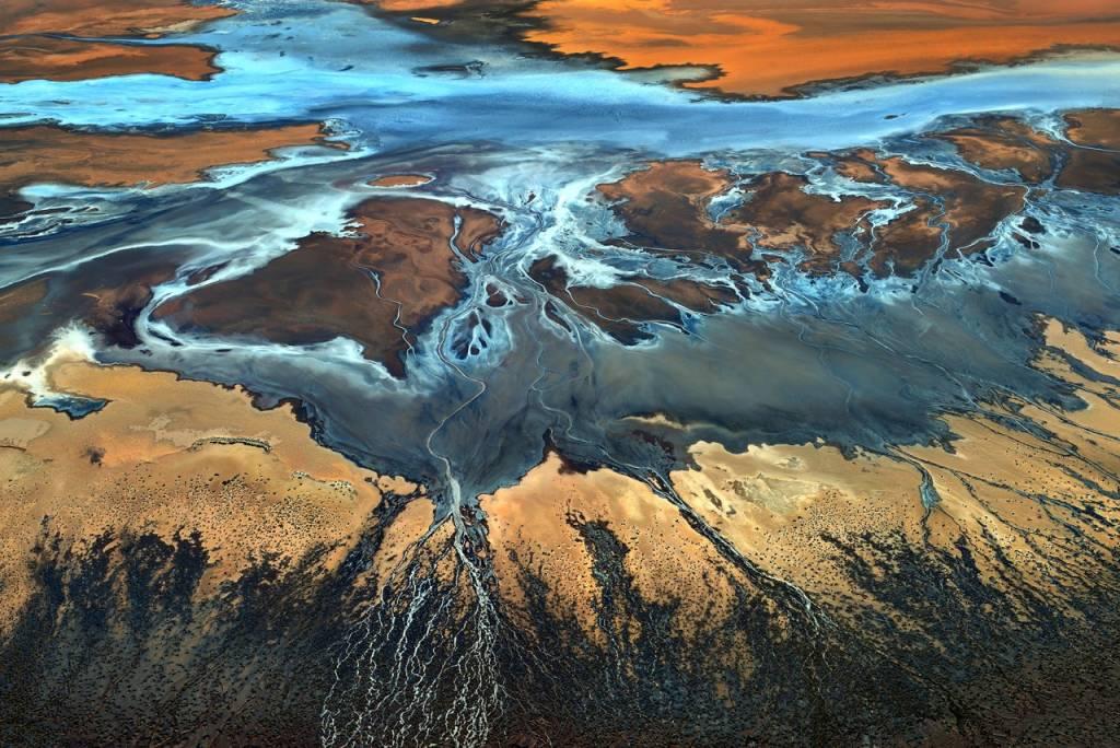 Umo Art Gallery California Aerial - The Desert From Above