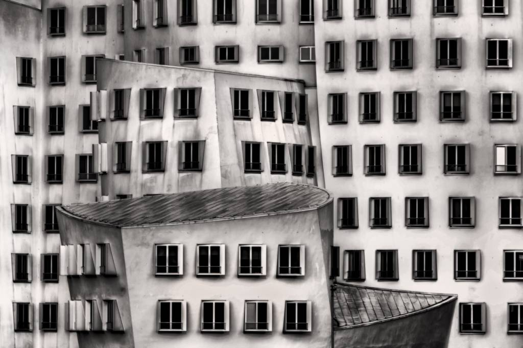 Umo Art Gallery Windows