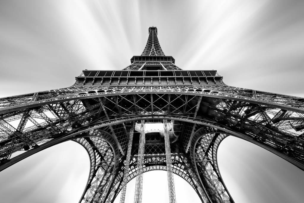Umo Art Gallery Eiffel