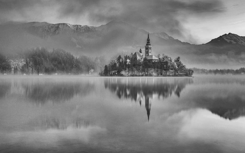 Umo Art Gallery Lake Bled