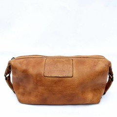 KARL TOILET BAG leather cognac