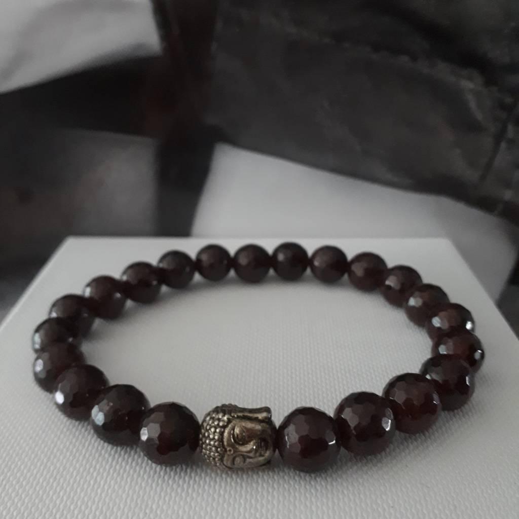 Sazou Jewels Armband Natural Stones Granaat met Shakyamuni hoofd