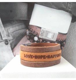 B & L Lederen Armband Cognac Love Hope Happiness  BL9977