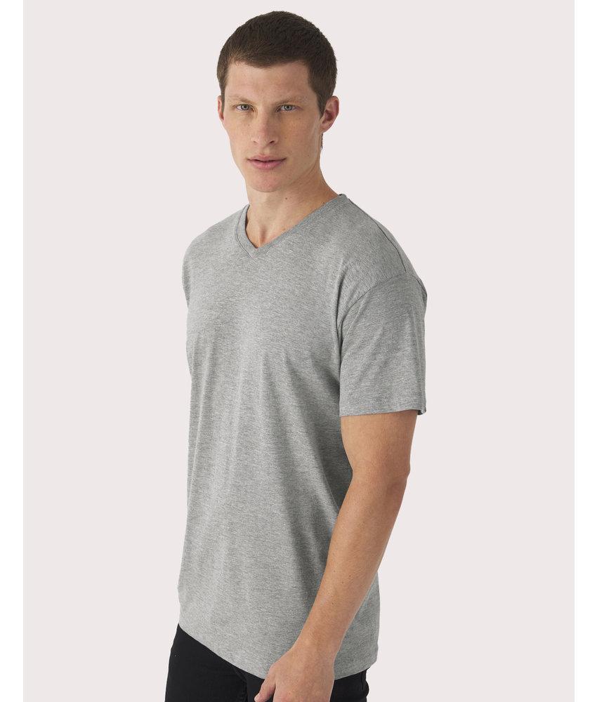 B&C | CGTU006 / CG153 | 149.42 | TU006 | Exact V-neck T-Shirt