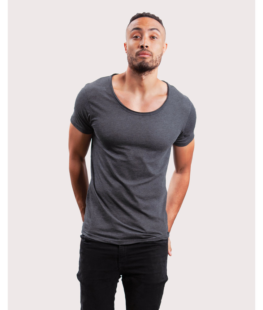 Mantis | 130.48 | M120 | Men's Raw Scoop T