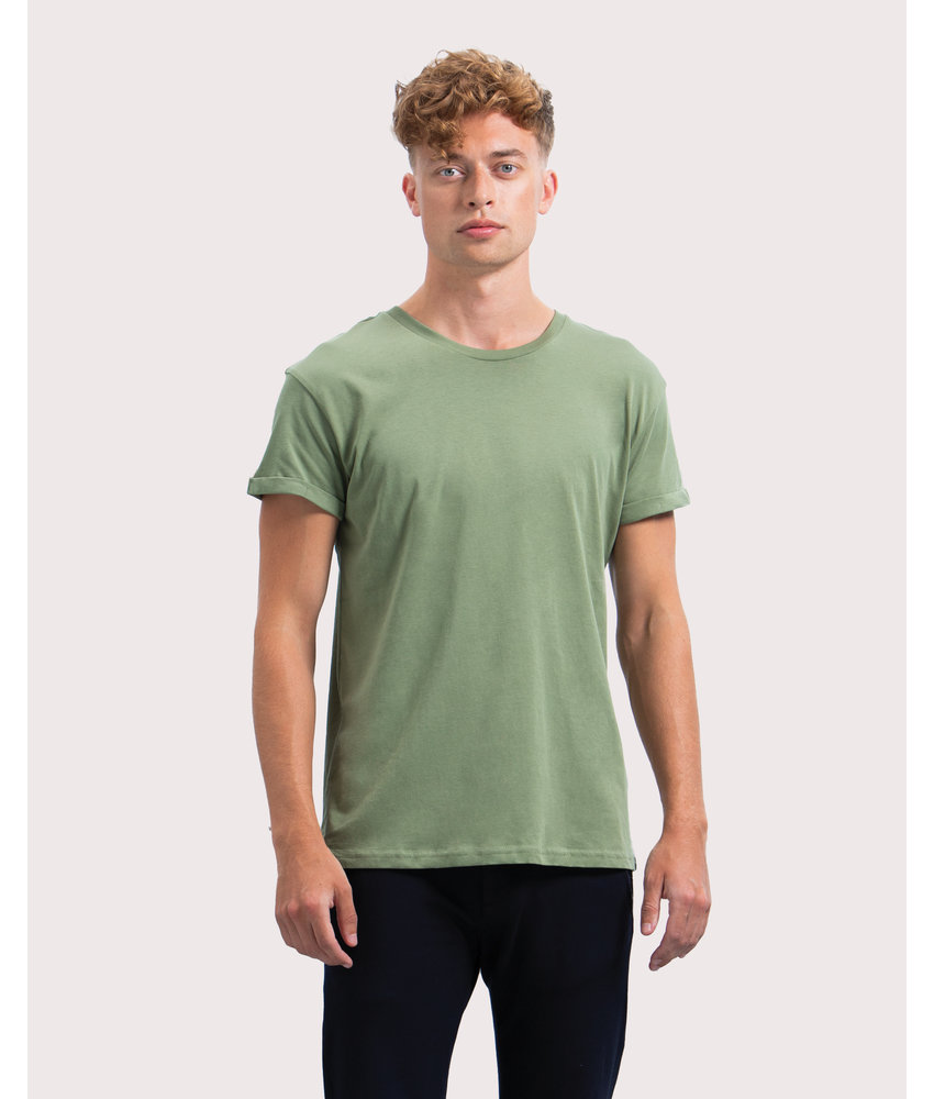 Mantis | 147.48 | M80 | Men's Organic Roll Sleeve T