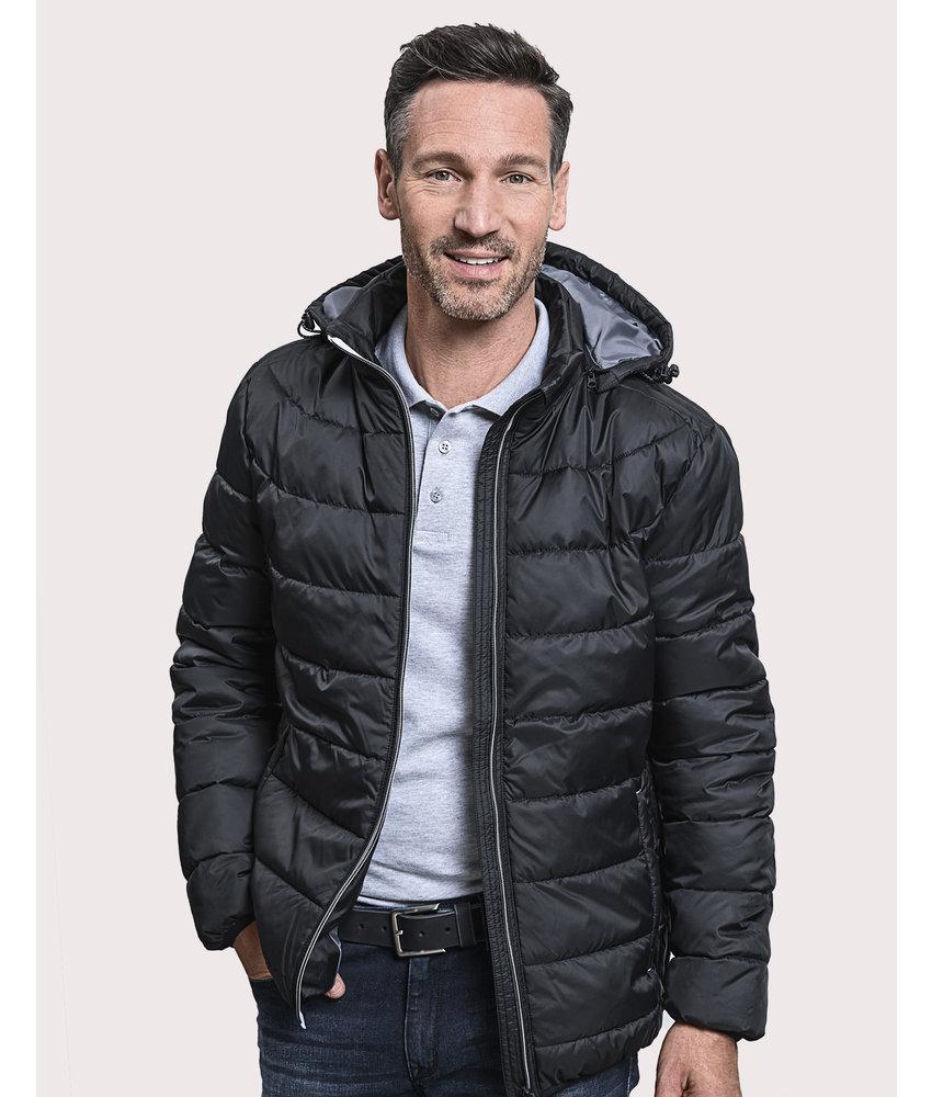 Russell | RU440M | 423.00 | R-440M-0 | Men's Hooded Nano Jacket