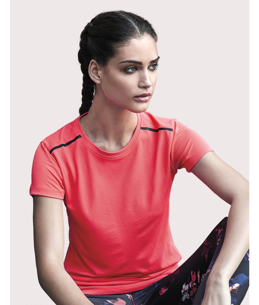 Tee Jays | 132.54 | 7011 | Women's Luxury Sport Tee