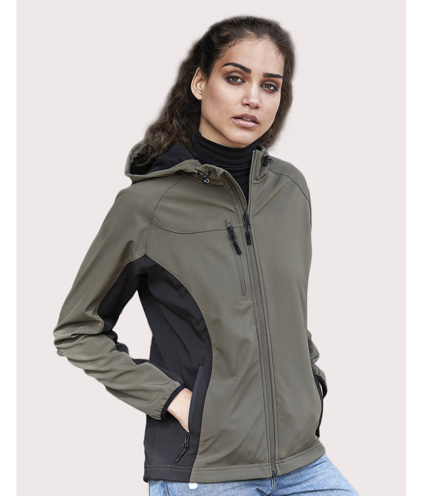 Tee Jays | 436.54 | 9515 | Ladies' Hooded Lightweight Performance Softshell