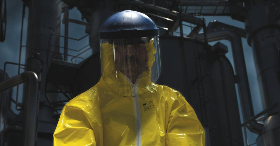 Coolvests for Chemical Work : Wear under not breathing workwear