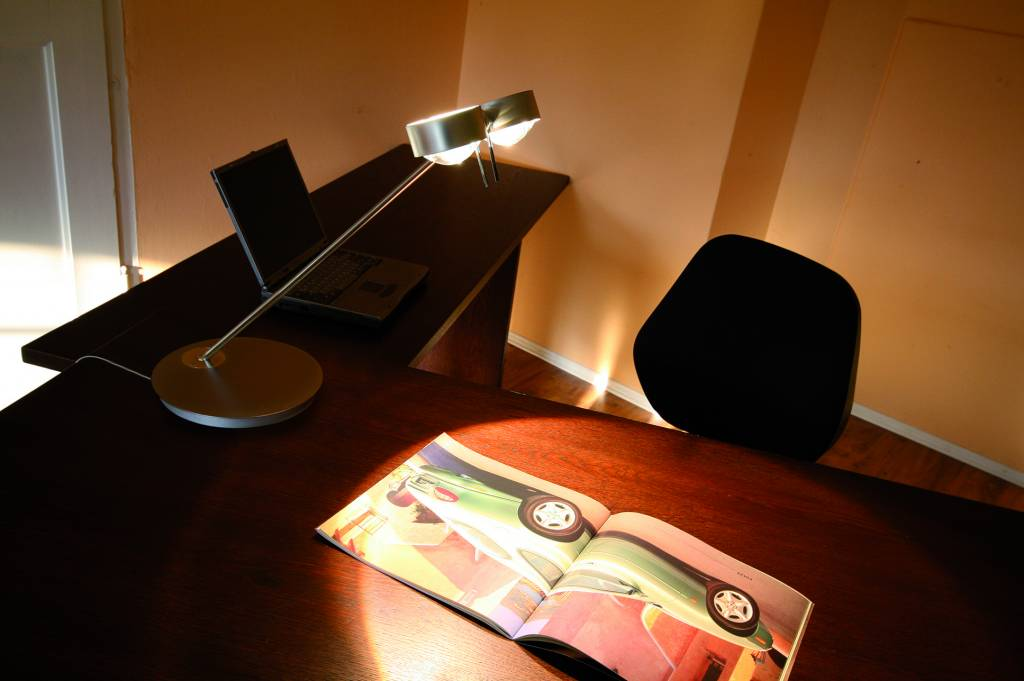 Top Light PUK Table Twin LED