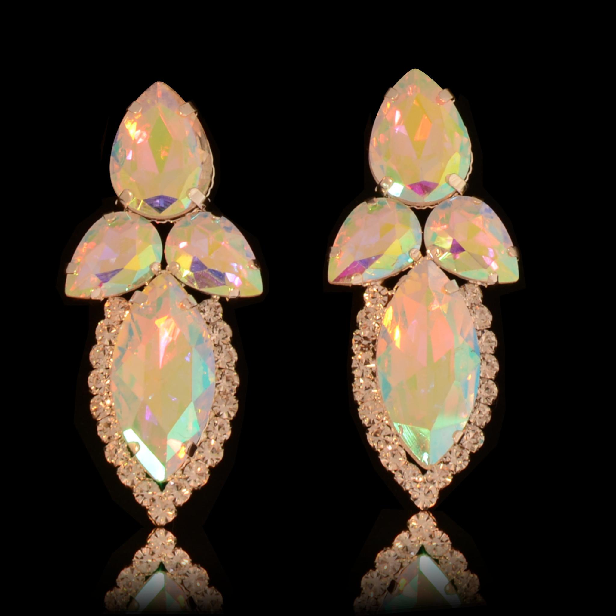 jewel for you //Bruids oorbel Shania - met AB kristallen
