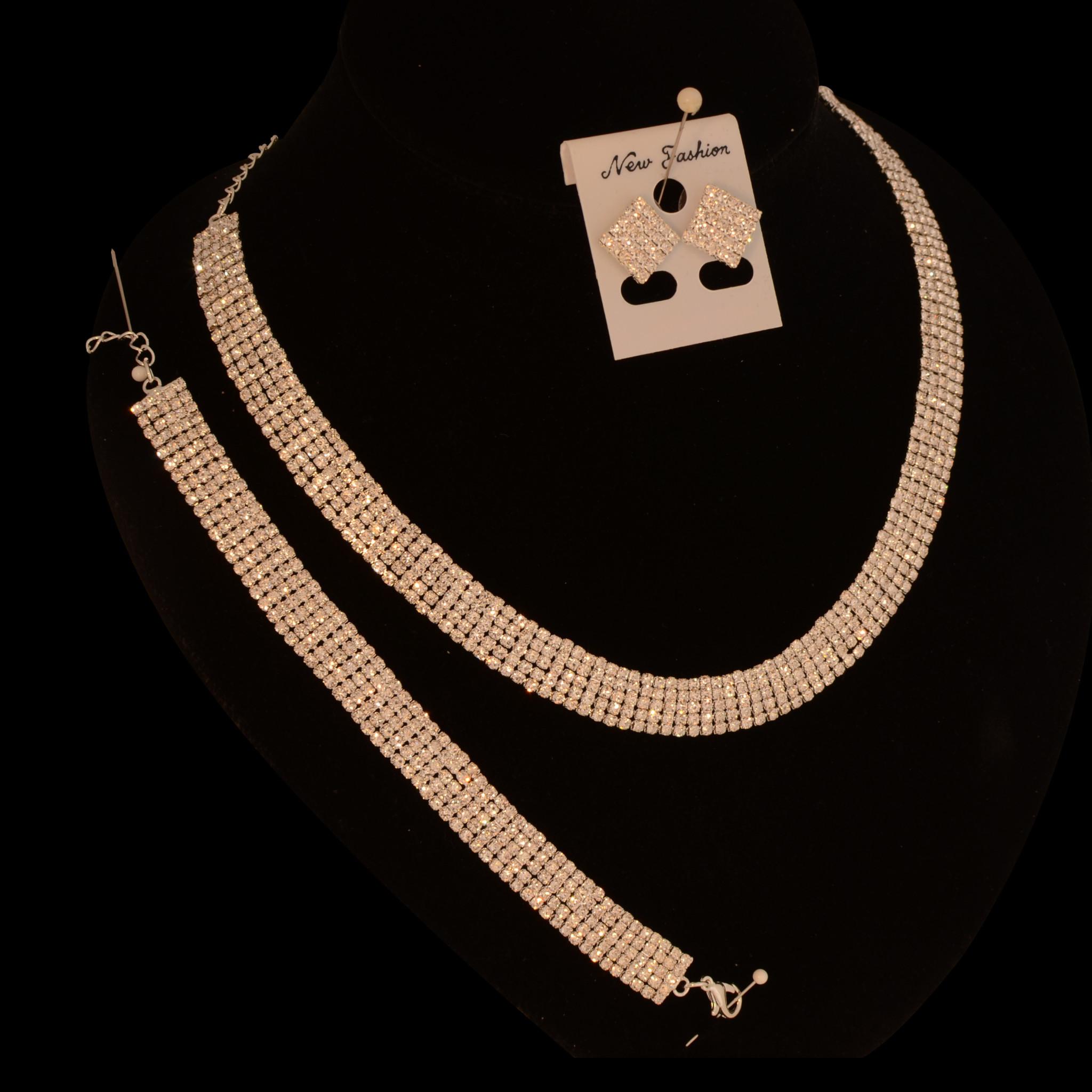 //strass collier - Nora - Zilver + bijpassende oorbellen en armband